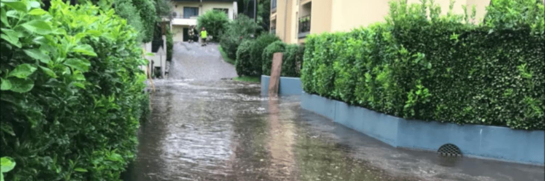 Überfluteter Weg in Rigioni