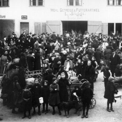 «Heldinnen der Arbeit» – Stadtrundgang zur Frauengeschichte